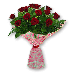 Bouquet of red roses (60 cm.) decorated with verdure to Chernivtsi